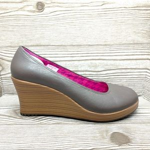 Crocs brown leather closed toe wedges